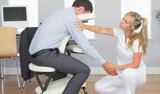 【ぎっくり腰】体操選手も動けない?原因や対処法を公開