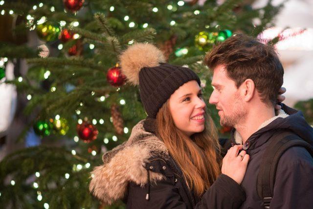 クリスマスに彼氏を!片思い中でもするべき9の行動~プレゼント・シチュエーションでわかるあなたの可能性~※確率あり