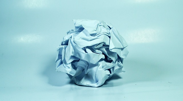 crushed-paper-1141810_640