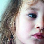 小児慢性疲労症候群って何?不登校・引きこもりの原因にもなるって本当!?