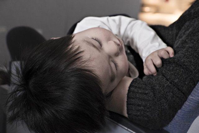 不登校 引きこもり 小児慢性疲労症候群