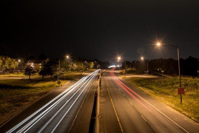 睡眠不足は事故リスク〇倍上げる!飲酒運転と同じくらい危険って本当!?
