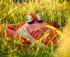 腰椎圧迫骨折の原因は『高齢出産』!?リスクを高める授乳と母乳優位関係性は?