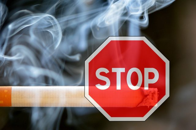 禁煙 日本 受動喫煙
