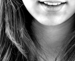 歯周病治療で関節リウマチも治る!? 関係性と必須アイテム